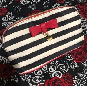💄Betsey Johnson Black/White Striped Cosmetic Bag